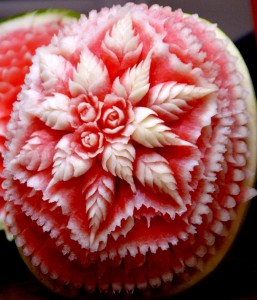 floral-watermelon-carving
