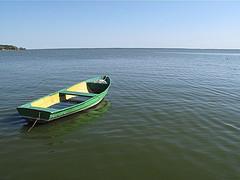 """Pro šalį plaukė valtis, iš jos žmonės šaukė: """"Eikš greičiau į valtį, juk matai - vanduo kyla!"""""""