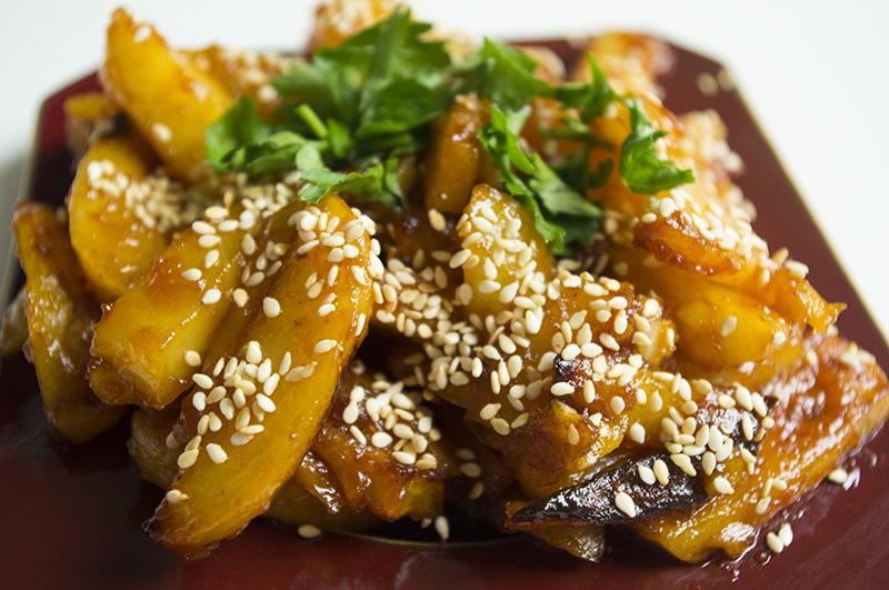 Aštrių bulvyčių receptas populiarus Indijoje ir Kinijoje